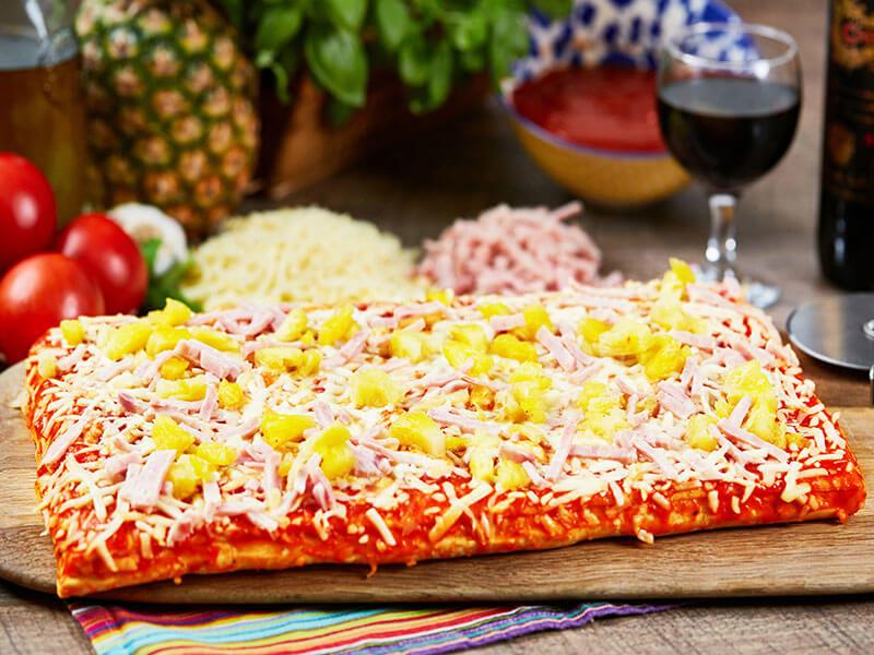 Ham-&-Pineapple-Pizza-Slab
